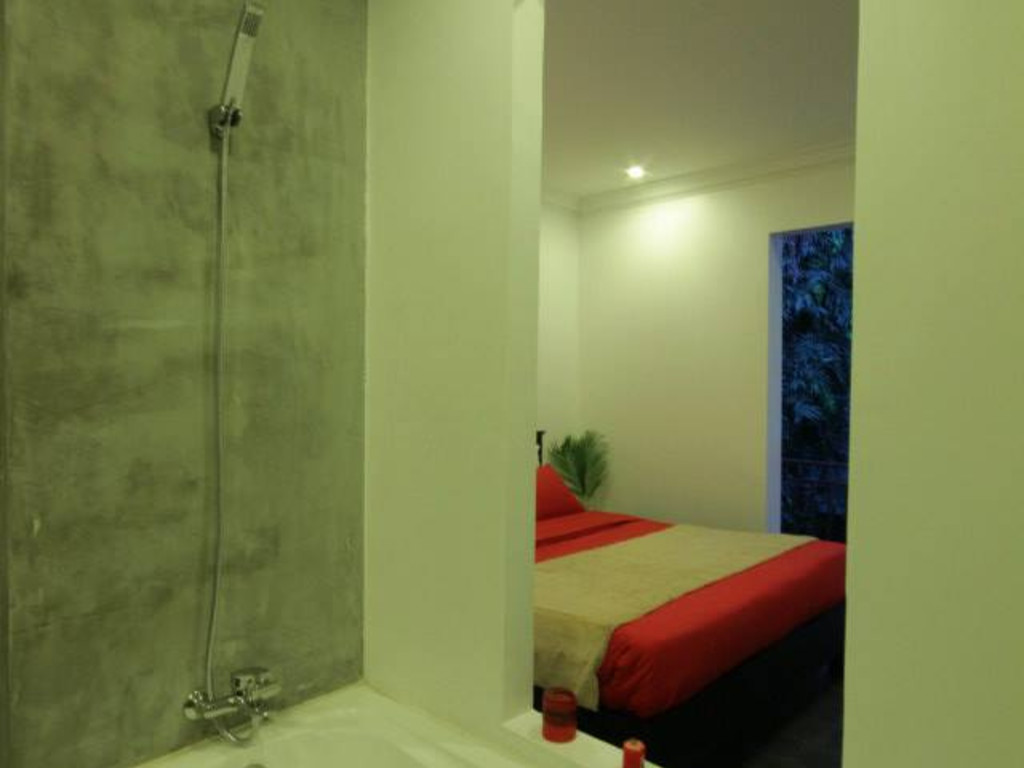 Deluxe double room with balcony or garden