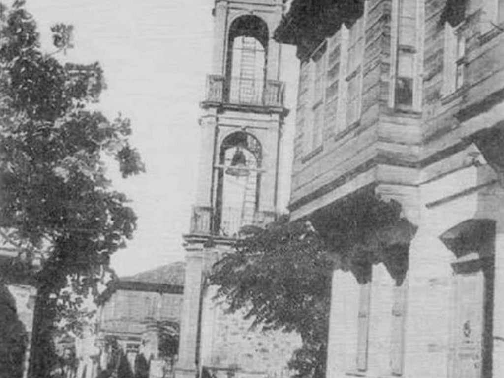 Kilise Eski Çan Kulesi