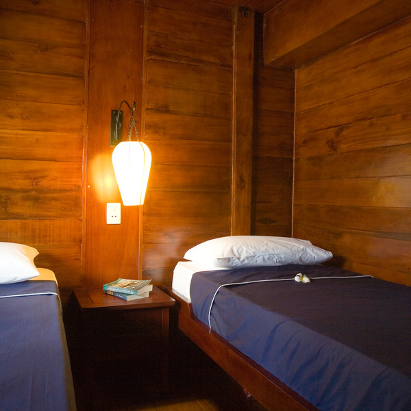 Twin-bedded cabin along Can Tho - Cai Be