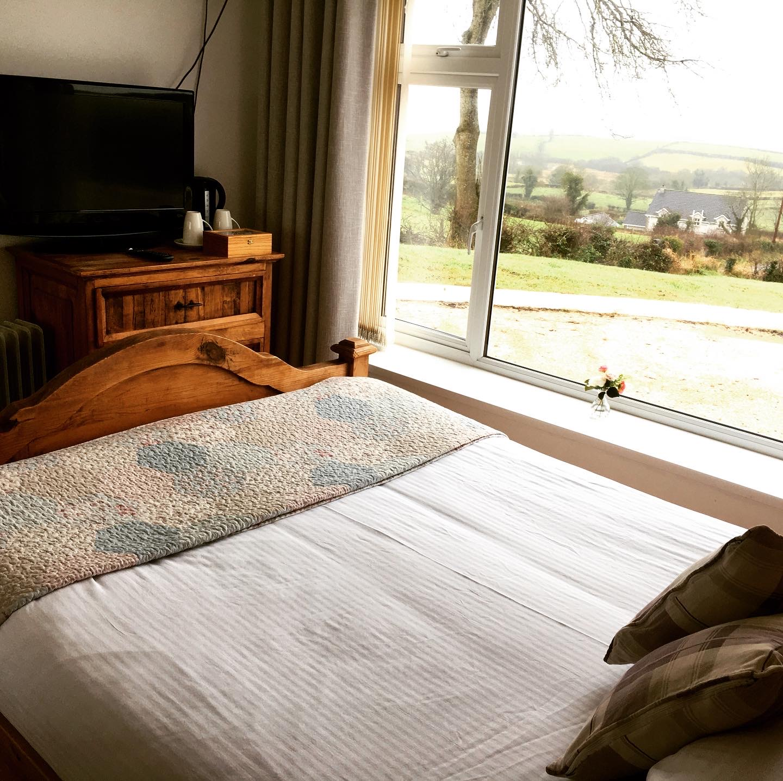 Binnian room with a view